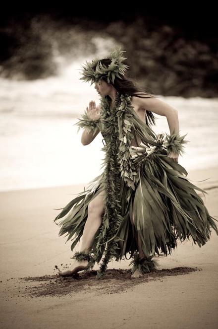 hula4.jpg