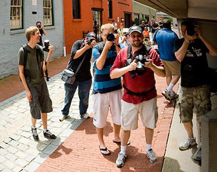 g-town-photowalk-sm.jpg