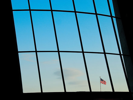 flag-dulles-windowssm.jpg