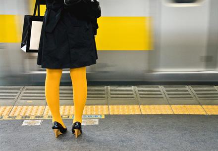 tokyo-commutersm.jpg