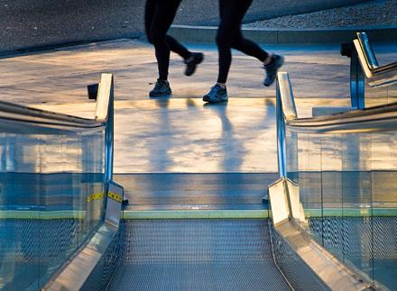 vegas-joggerssm.jpg