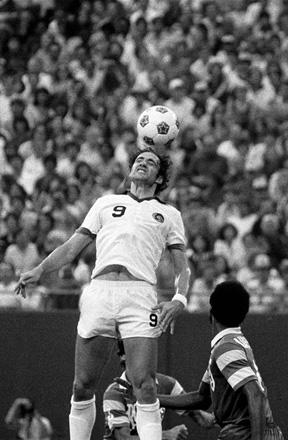 giorgio_chinaglia_soccersm
